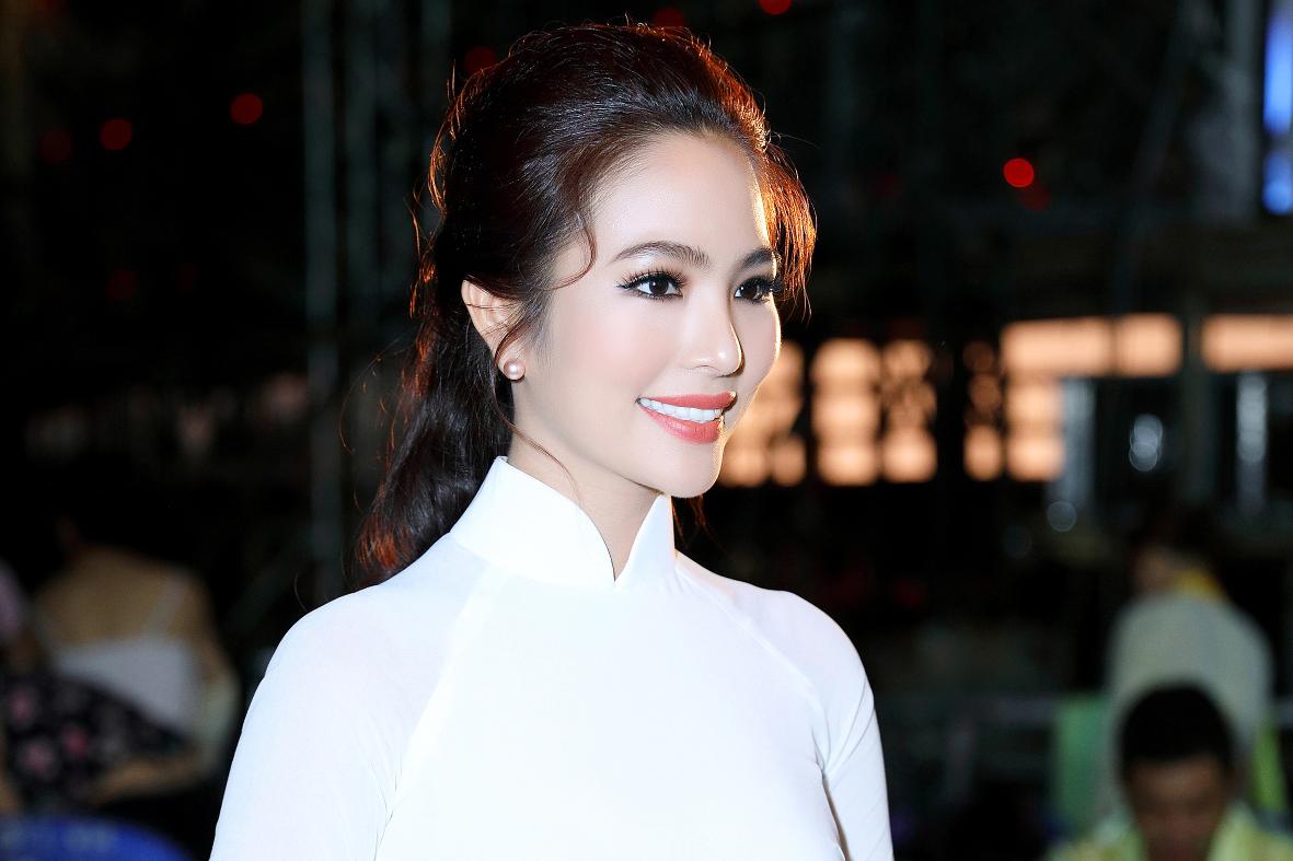 """Dương Kim Ánh khoe giọng hát ngọt ngào khi tham gia """"Biên giới khúc tình ca"""""""