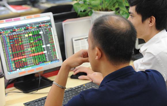 Cổ phiếu vốn hóa lớn tăng giá tích cực đẩy VN30-Index tăng hơn 4 điểm, HAG và HNG quay đầu giảm