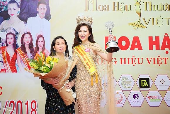 Người đẹp Ngọc Cẩm đăng quang Hoa hậu Thương Hiệu Việt