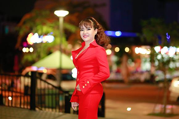 """CEO Hồ Thanh Hương phát họa sắc màu cuộc sống trong """"Ván cờ đời"""""""