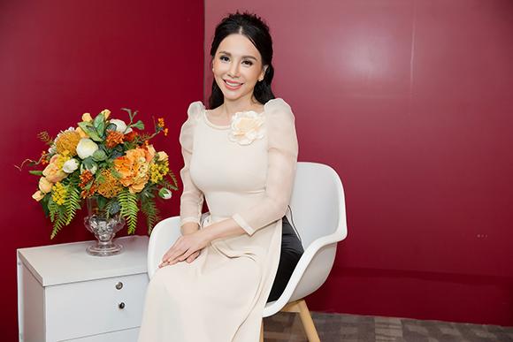 Hoa hậu Châu Ngọc Bích: 'Giàu có, thành đạt chưa chắc gì bạn đã là người hạnh phúc'