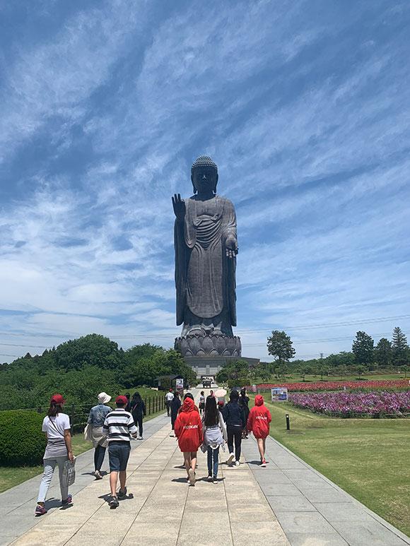 Đến Ibaraki thăm tượng Phật lớn nhất thế giới