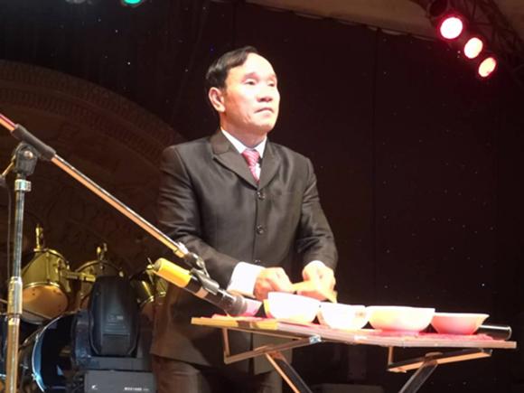 Nghệ sĩ Mai Đình Tới trở thành kỷ lục gia thế giới