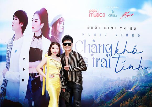 Á hậu Phan Phương hội ngộ ca sĩ Lâm Hùng và dàn Nam ca sĩ đắt show Nam kỳ lục tỉnh.