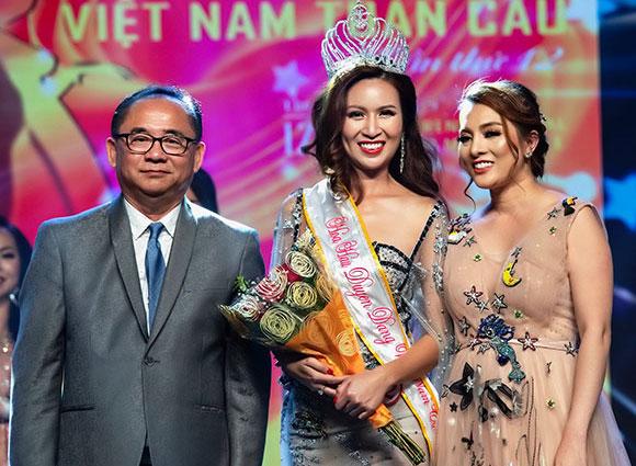 Cận cảnh nhan sắc nóng bỏng của Hoa hậu duyên dáng Gabby Nguyễn