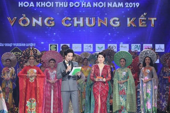 Thí sinh tỏa sắc trong đêm chung kết Hoa khôi Thủ Đô 2019