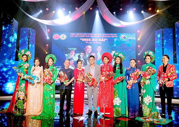 Miss Áo dài- Teacher S Beauty thành công bởi dàn giám khảo uy tín và sự nhiệt thành của nhà tài trợ
