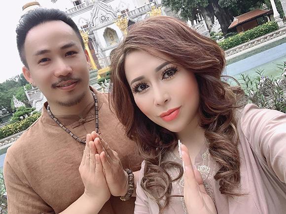 Ca sĩ Huỳnh Nhật Đông ra tay nghĩa hiệp khi cứu giúp cô gái bị tai nạn đến bệnh viện