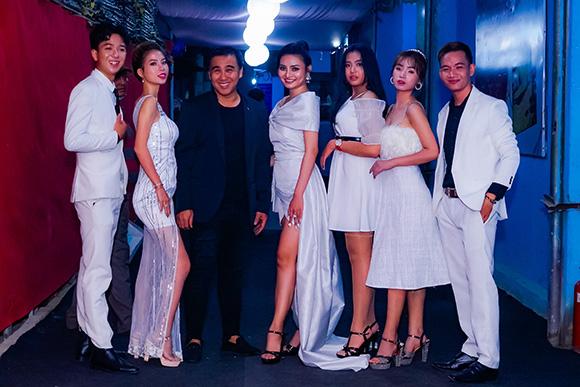 Miss Bikini Huỳnh Thi diện dạ hội ngọt ngào, khoe nhan sắc kiều diễn tại sự kiện TP. Hồ Chí Minh.