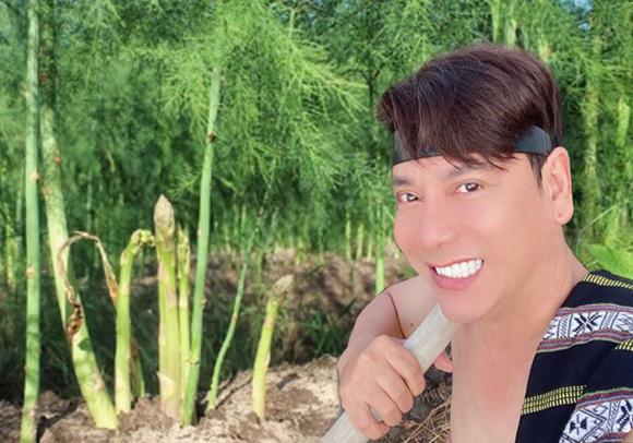 Ca sĩ Lâm Trí Tú sẽ bay sang Hoa Kỳ làm giám khảo cuộc thi nhan sắc quốc tế