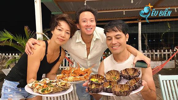 Đặc Sản Vĩnh Hy cung cấp cá tươi trong ngày cho người dân Sài Gòn